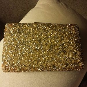 NWOT Gold Evening Purse with chain